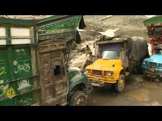 Risking it all - Pakistan by Aljazeera