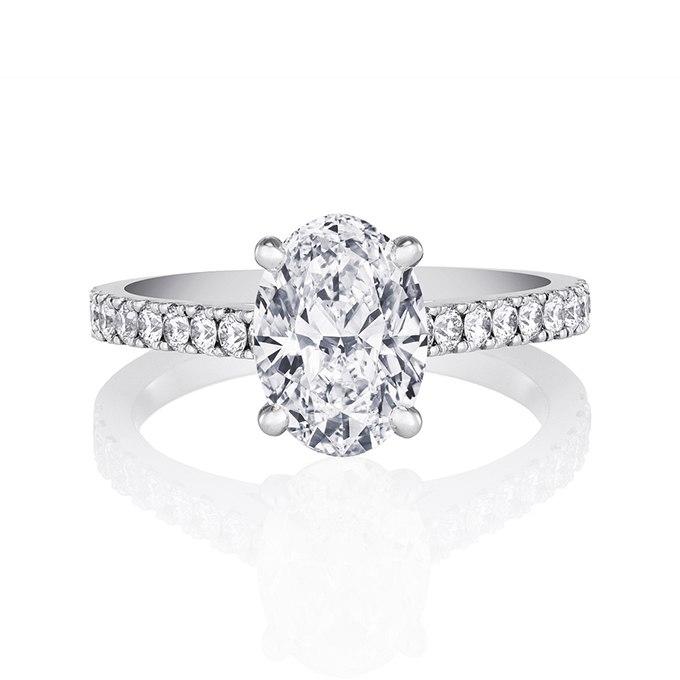 5UBoAxFXLyA - Королевские овальные обручальные кольца (30 фото)