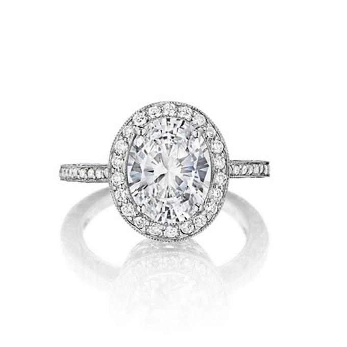 YH6UJsRJ2lQ - Королевские овальные обручальные кольца (30 фото)