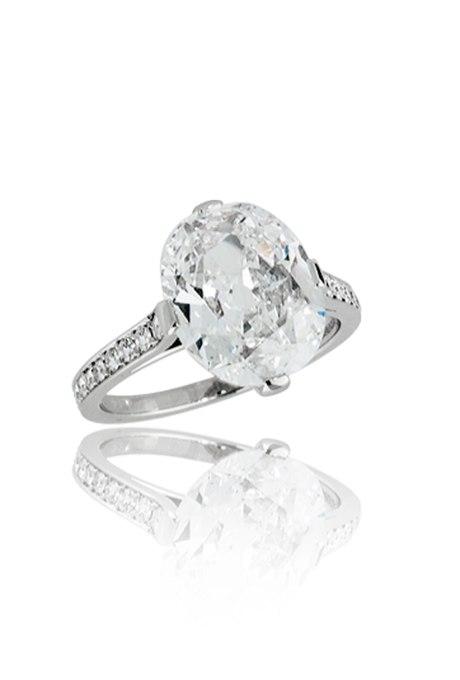 vBoJQ9UDnaU - Королевские овальные обручальные кольца (30 фото)