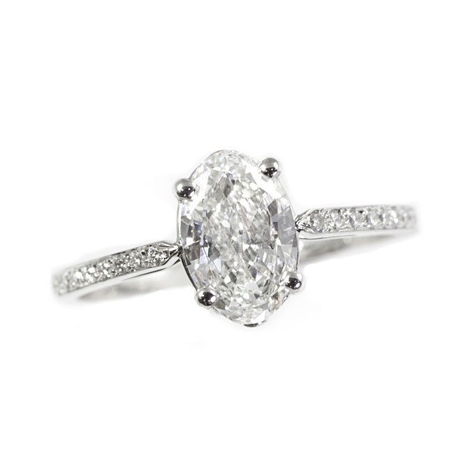 Y97 Jt8wAPk - Королевские овальные обручальные кольца (30 фото)