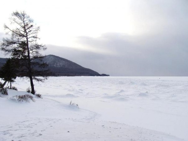 Байкал «упал» до рекордно низкого уровня