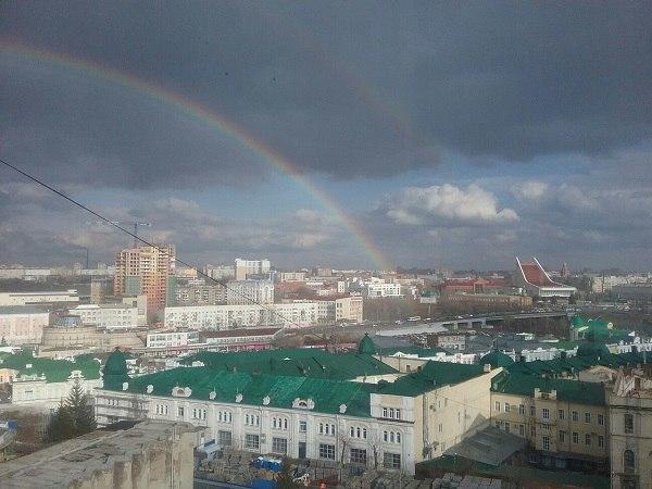 Первый сильный дождь подарил омичам двойную радугу!