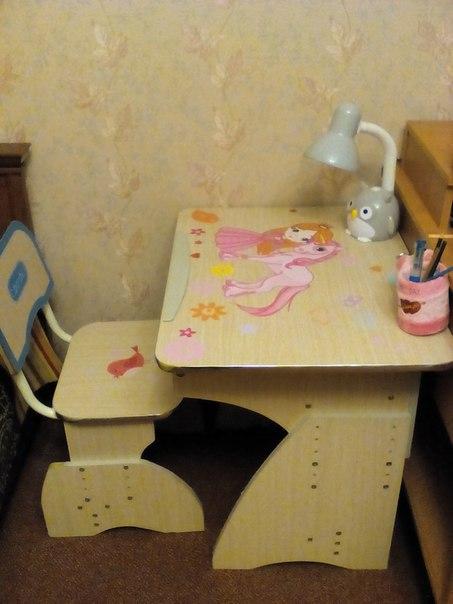 фото наклейка на столик детский для девочки