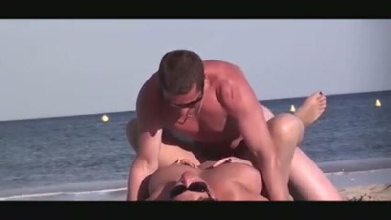 Подглядывание за зрелыми мамами на пляже, nude beach exhibitionist milf busty mature mom pussy (Инцест со зрелыми мамочками 18+)