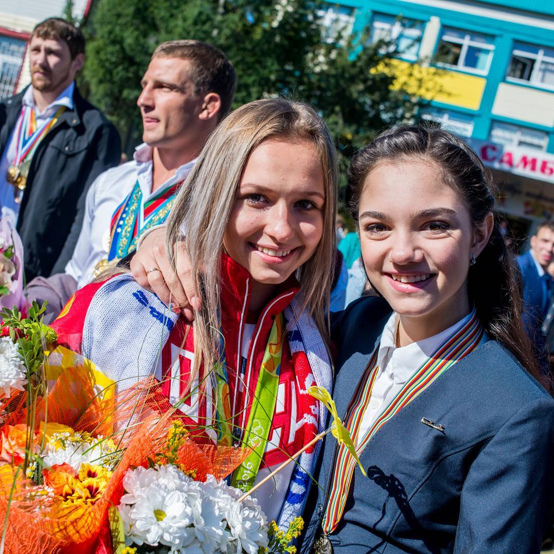 Евгения Медведева - 2 - Страница 29 MDRpj3ngGnc