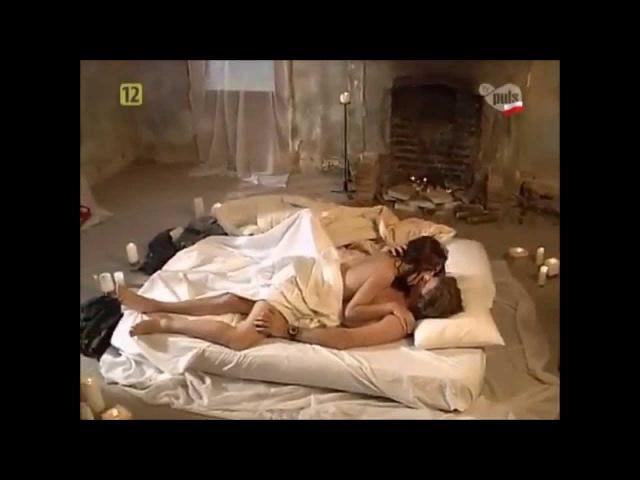 Mili y Ivo hacen el amor - Ay Amor (Muñeca Brava)