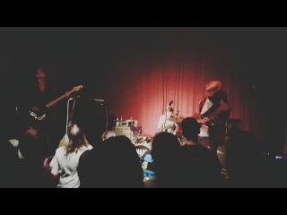 @claudiusgibson on Instagram: Unglaublich wie sich diese Band weiterentwickelt hat. Fr mich sind die Killerpilze wahnsinnig gute Musiker und das neue Album sollte man
