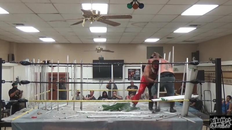 Chuey Martinez vs. Mr. California [House of Horror Match]