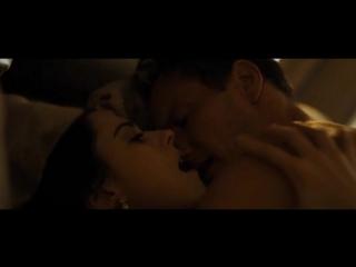 Alexandra Breckenridge - Zipper(2015)(sex scene, сцена секса, эротика, постельная сцена, раком, трах, кончил, порно)