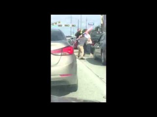 Austin Road Rage Fight - Lightsaber Duel of Vatos