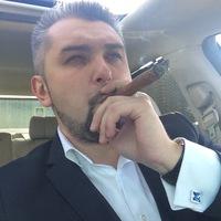 Anton Romanoff avatar