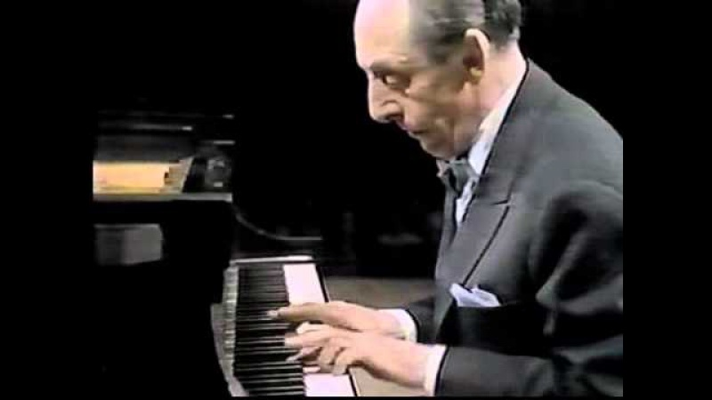 Vladimir Horowitz interrupted by cell phones during concert