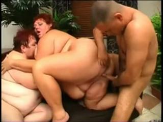 порно фото зрклых толстух анал