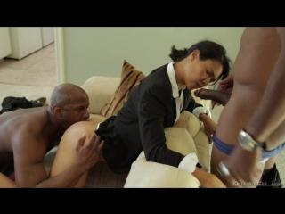 Муж с женой заказали просттутку и ебут ее во все щели видео фото 459-476