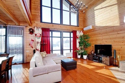 дом из профилированного бруса лиственницы
