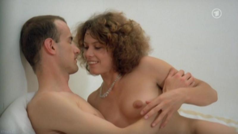 Adriana Altaras, Claudia Matschulla, Friederike Tiefenbacher Nude - Der Philosoph (1988)