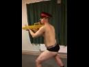 Гей танцы в британские армии