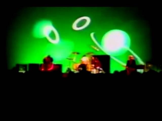 Nirvana - Something in the Way - 02/14/1992 Kokusai Koryu Center Osaka, Japan ( video audio )
