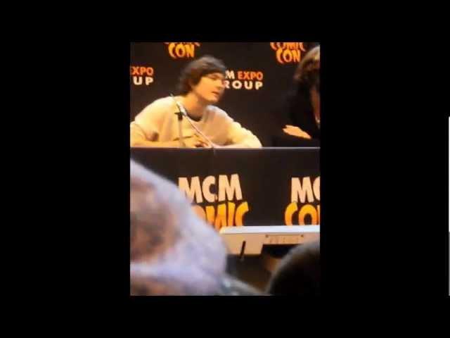 Comic Con 2013: Alex Vlahos, Eoin Macken and Rupert Young Part 1