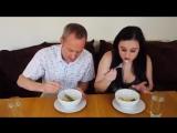 Англичане пробуют русскую еду -- British People Trying Russian Food