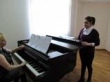 Нана Фарашян проводит урок с Миленой Бегларян. Разбирают Pie Jesu-Requiem-Gabriel Faure.