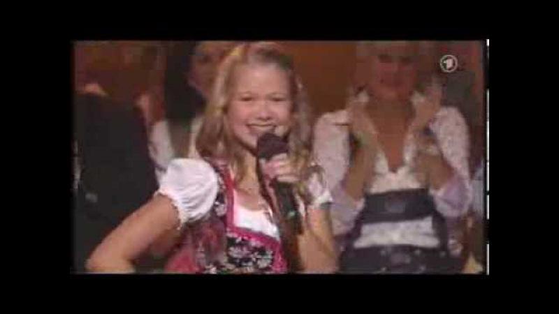 HQ Laura Kamhuber Wer Ordnung hält 14 09 2013 Musikantenstadl