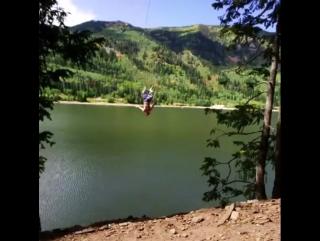 Трюкачи. Крутые прыжки с тарзанки в воду