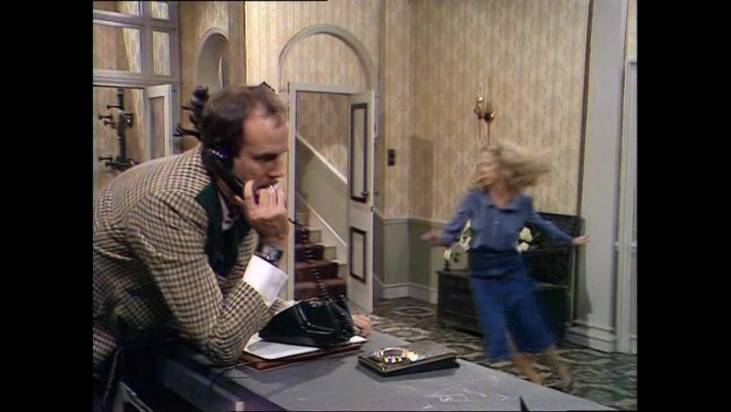 Fawlty Towers (Studio INIS) S01E02