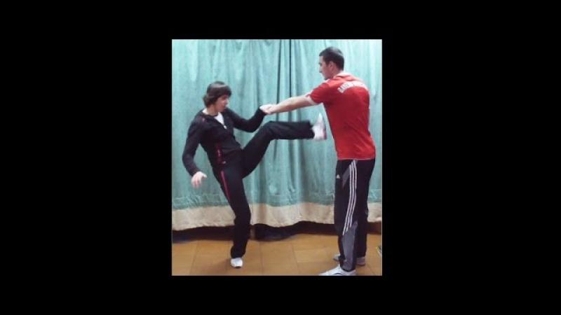 Вин Чун кунг-фу урок 28. ЧУМ КИУ ТАО (ЛАП САУ и удар ногой в повороте)