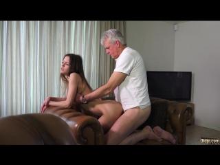 найти в сургуте молодую пышную проститутку