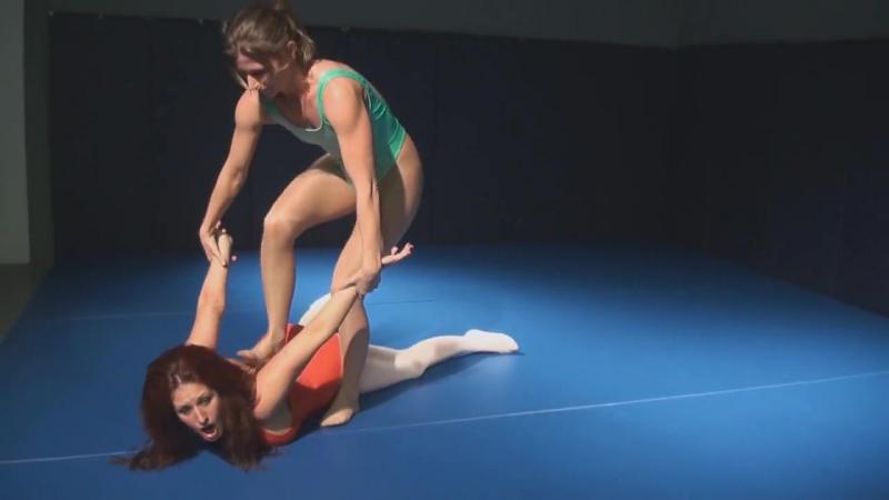 Ariel X vs Mutiny Pantyhose Wrestling