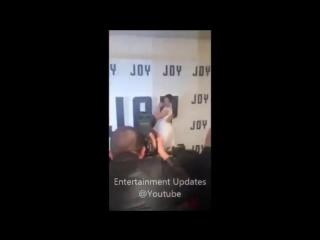 13 декабря 2015: Премьера фильма «Джой» в Нью-Йорке