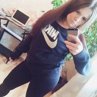 Аня Можарова