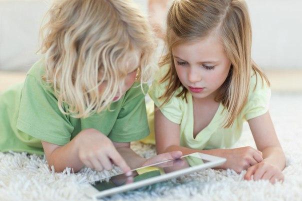 Qg8dn0_G2-E Евросоюз собирается ограничить доступ в соцсети для детей