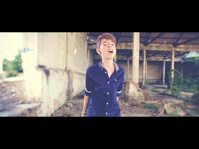 VIDEOCLIP David Parejo The show must go on Original song by Queen COVER