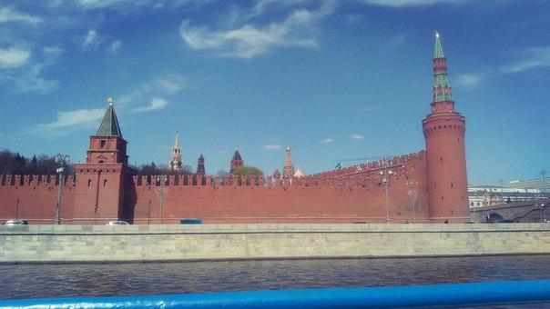 А таких видов в Нижнем Новгороде совсем не встретишь. Магия величественного Кремля совсем отсутствует.