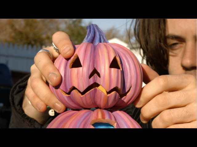 Beneath The Harvest - Pumpkin Crab - by Jim McKenzie _ Conjoined V making of