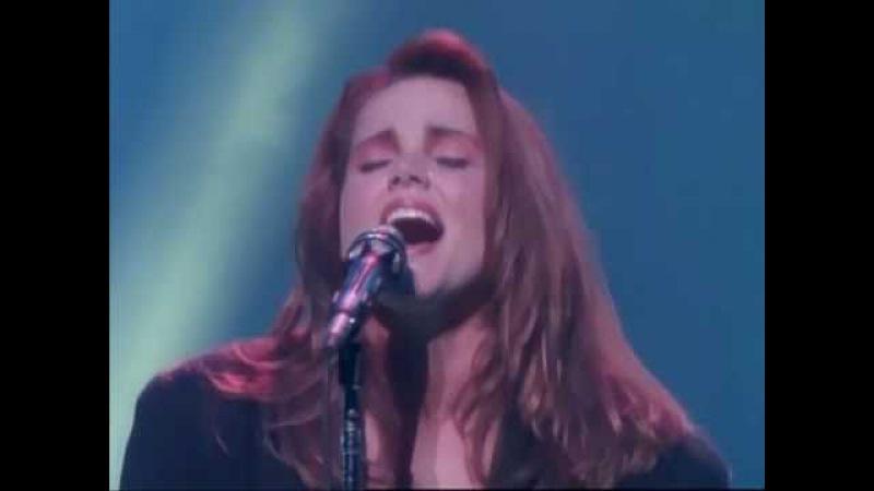 Belinda Carlisle - I Get Weak (Good Heavens! Tour '88)