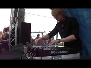 BJORN AKESSON LIVE DJ SET @ LUMINOSITY BEACH FESTIVAL - BEACHCLUB RICHE 2/3