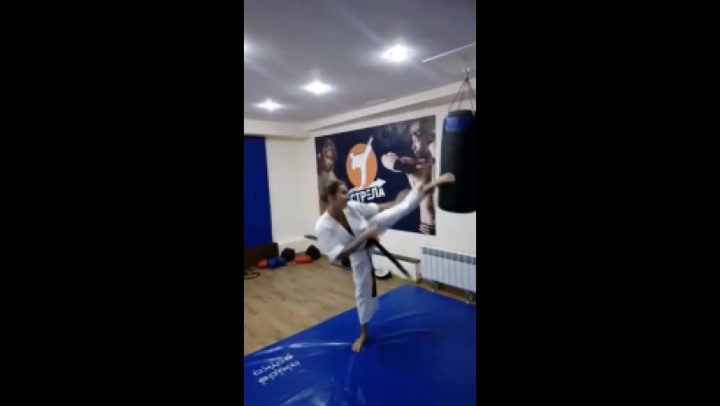Елена Трошан - тренер по рукопашному бою и самообороне, клуб Стрела