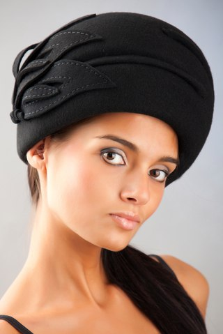 Ремонт фетровой шляпы