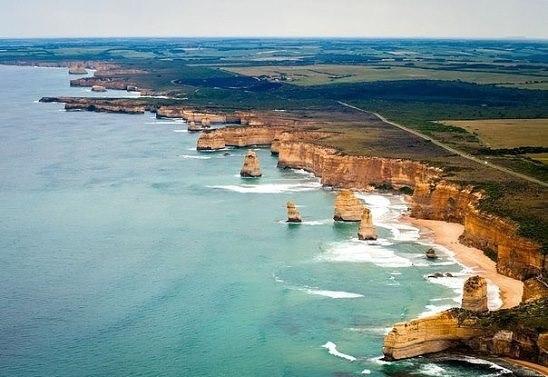Великая океанская дорога в Австралии -одна из самых живописных дорог мира, котор...