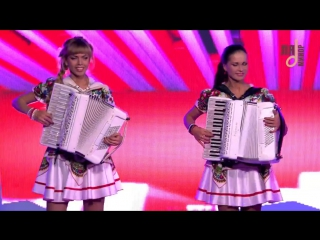 Аккордеонистки России- дуэт ЛюбАня- Смуглянка аккордеон-897535000363016