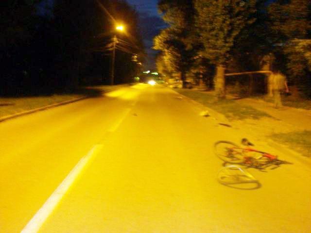 В Таганроге в результате столкновения с автомобилем Opel Vectra погиб велосипедист
