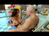 Отодрал девушку в униформе зашедшую купить пончик (Audrey Bitoni - Boston Cream)