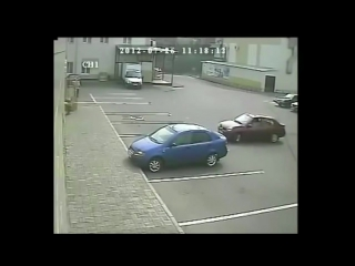 Бабы паркуются