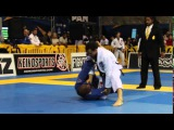 Romulo Barral submits his opponent with at choke at the 2016 Pan, Black Belt Adult Medium Heavy