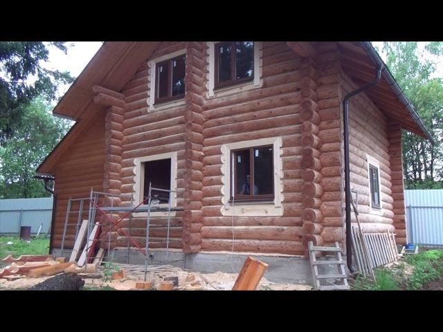 Изготовление лысок, установка откосов и деревянных наличников в бревенчатом доме