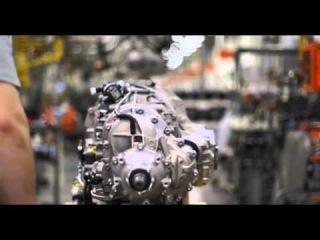 Технология сборки двигателя на заводе Bentley  
